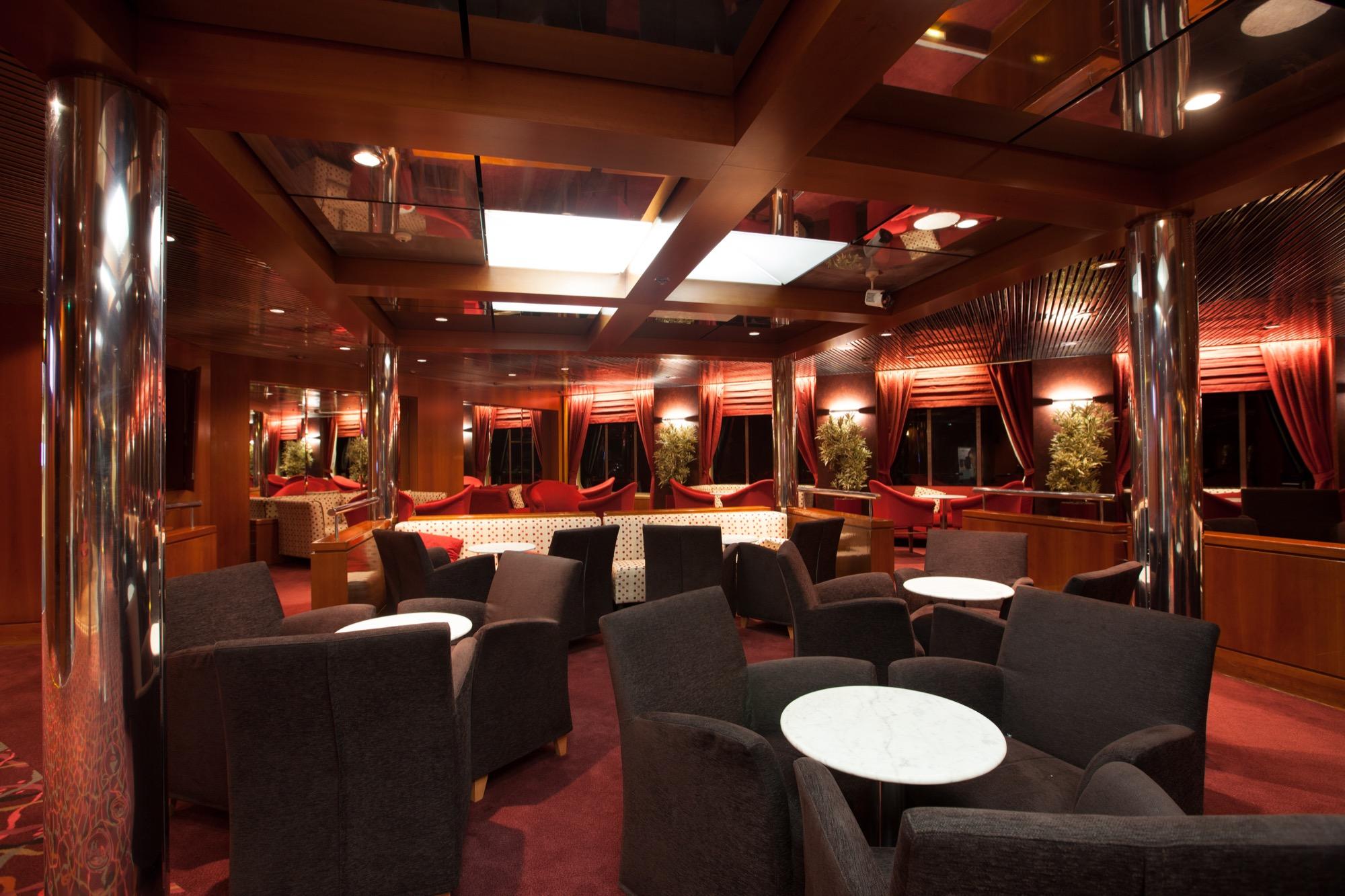Pullmantur Zenith Interior Rendez-Vous Lounge 2.jpg