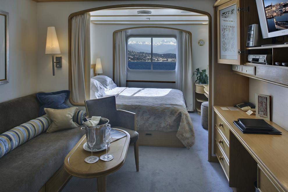 SeaDream Yacht Club Accommodation Yacht Club Stateroom Deck 3 & 4 2.jpg
