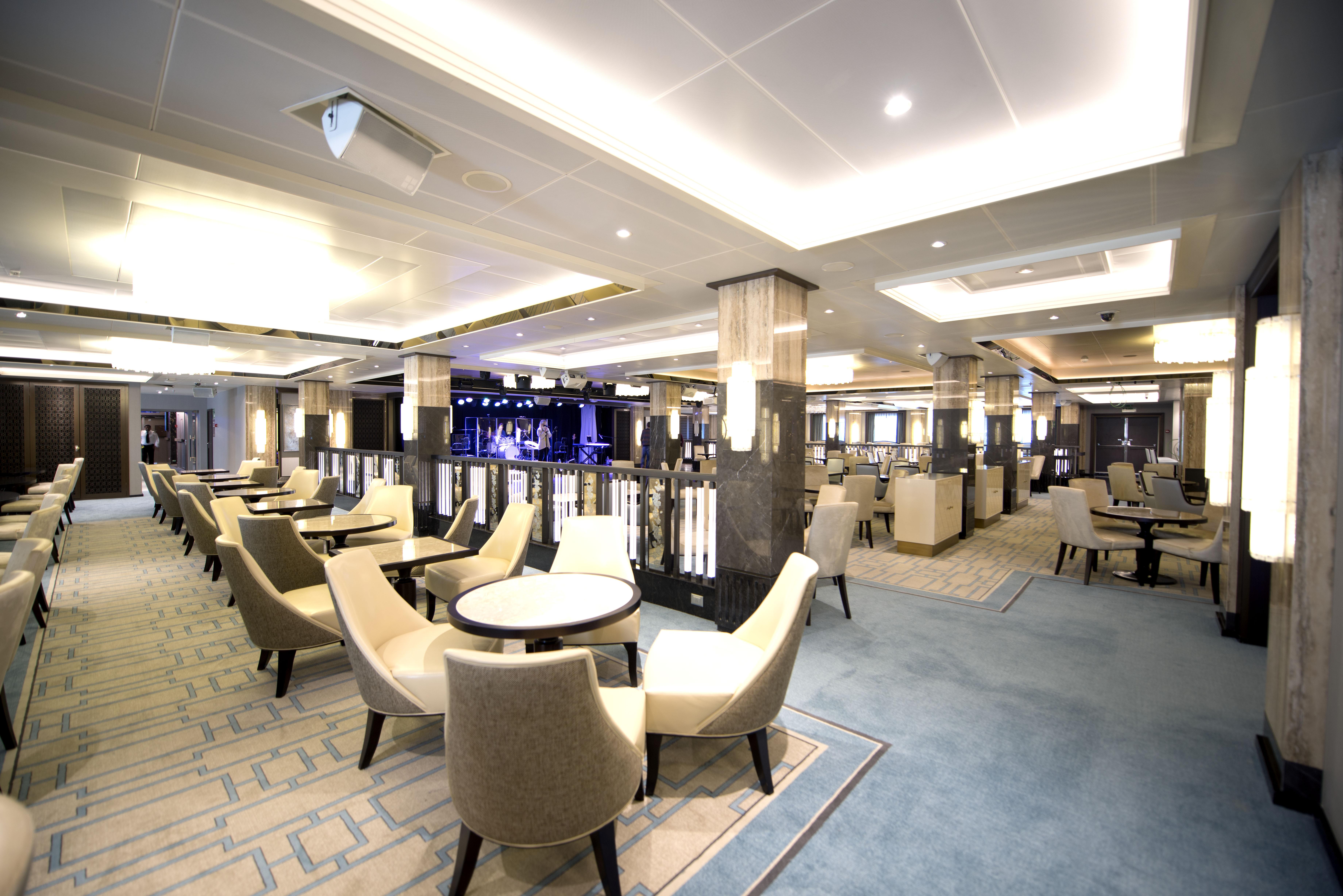 P&O Cruises Britannia Interior Crystal Room D806820 [Tif 14714596602].jpg