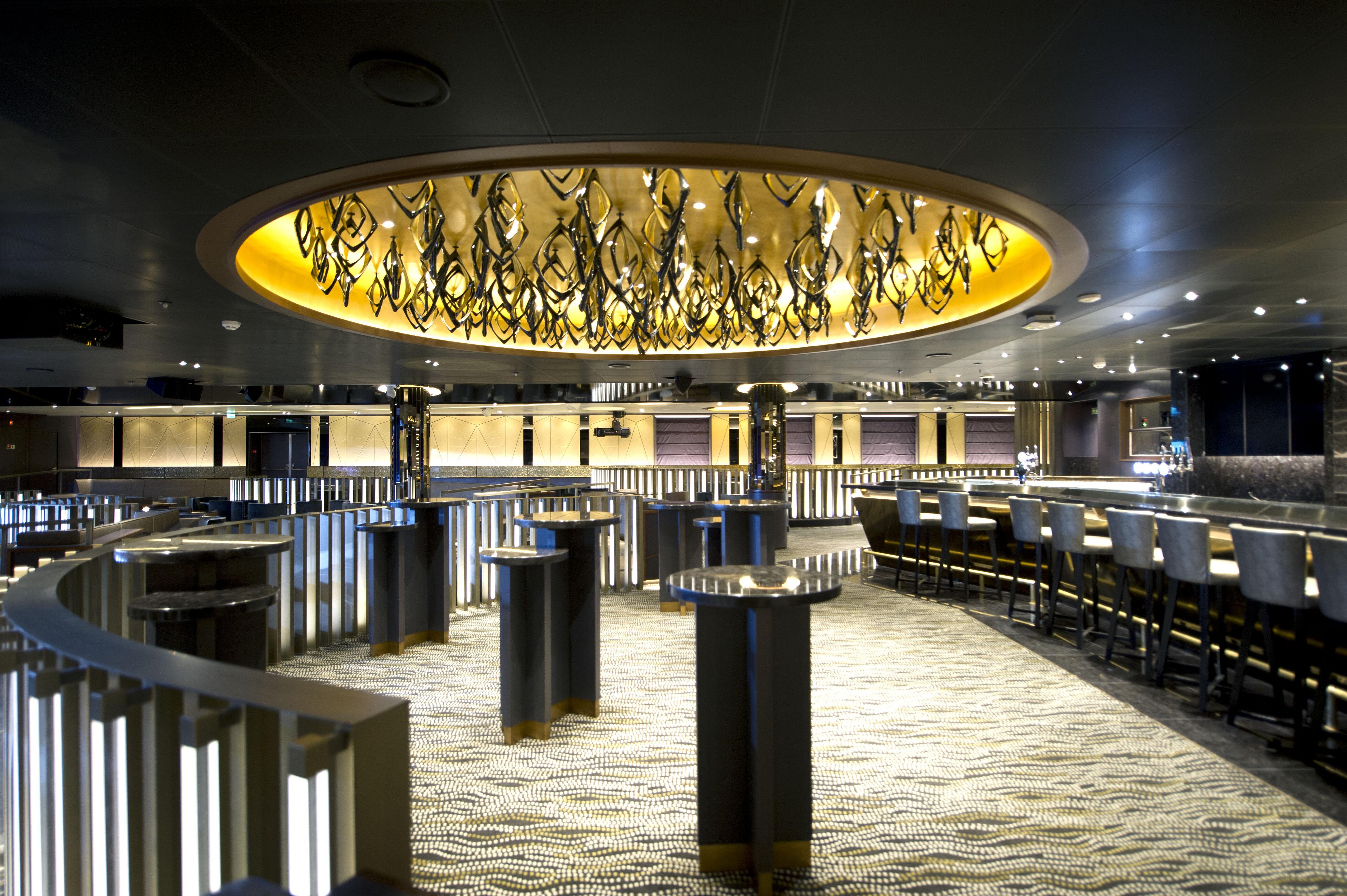 P&O Cruises Britannia Interior Live Lounge Ds38098 [Tif 14714735602].jpg