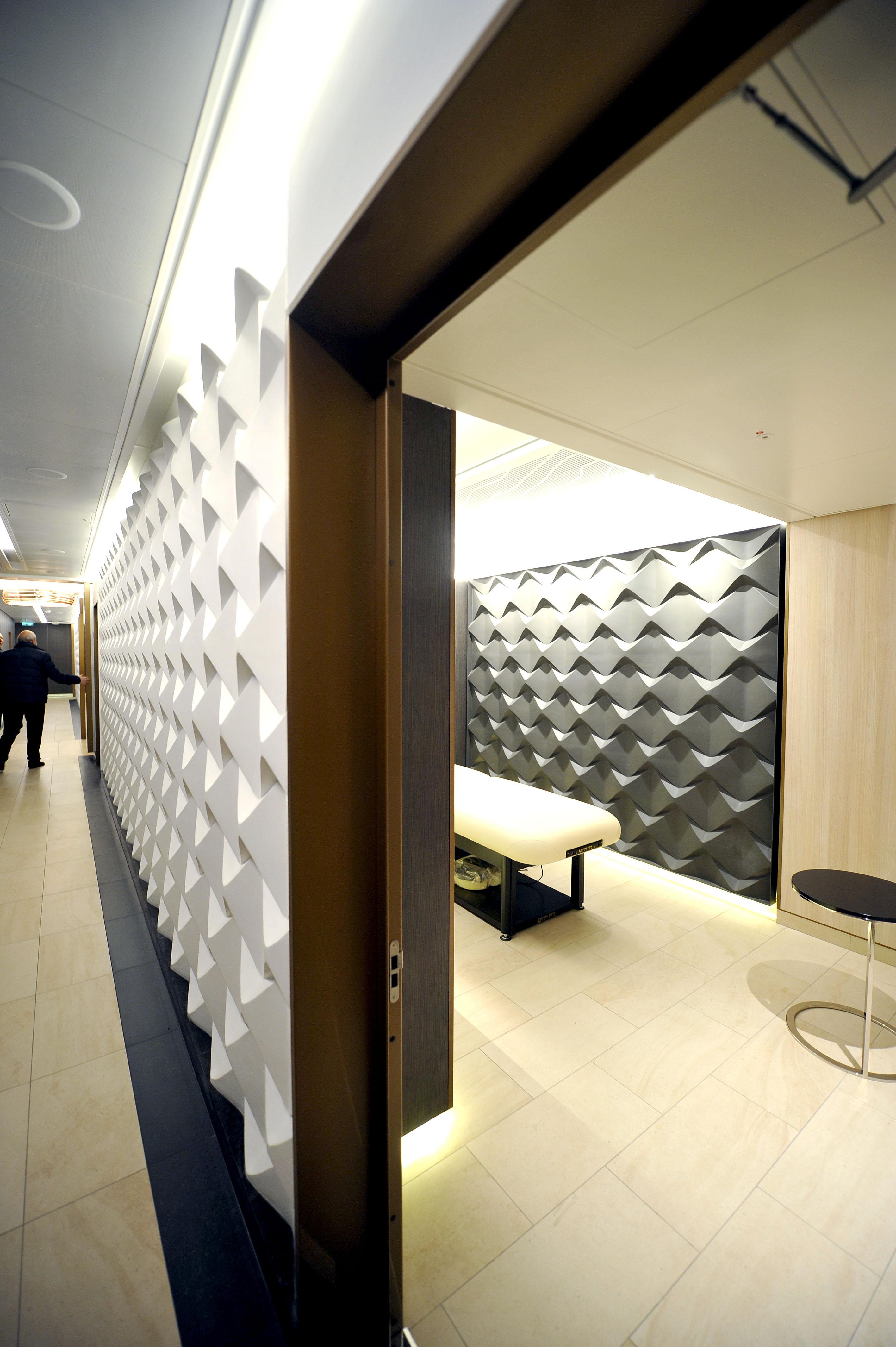 P&O Cruises Britannia Interior Oasis Treatment Room.jpg
