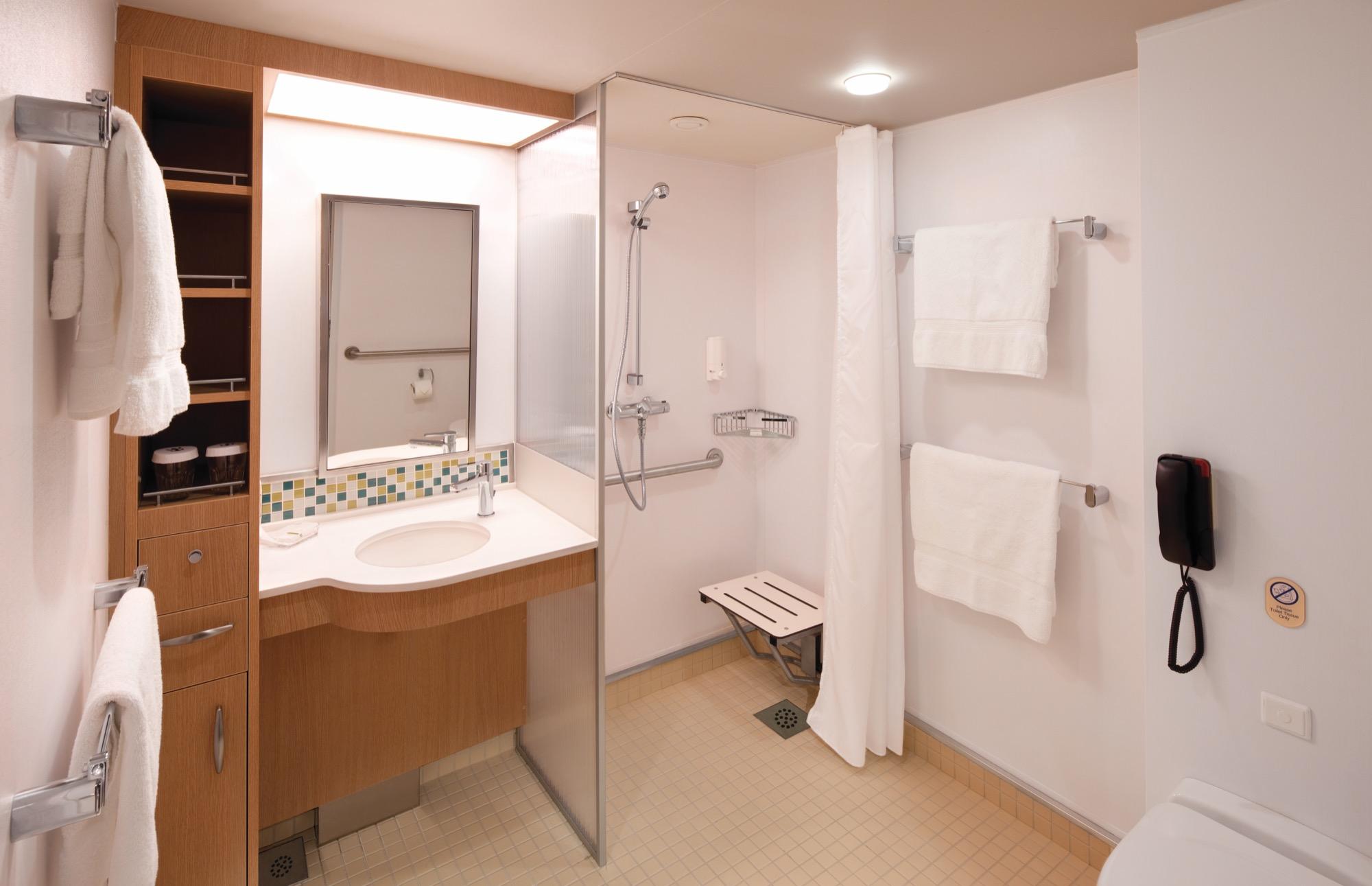Royal Caribbean International Vision of the Seas accomm  grand bathrooms.jpg