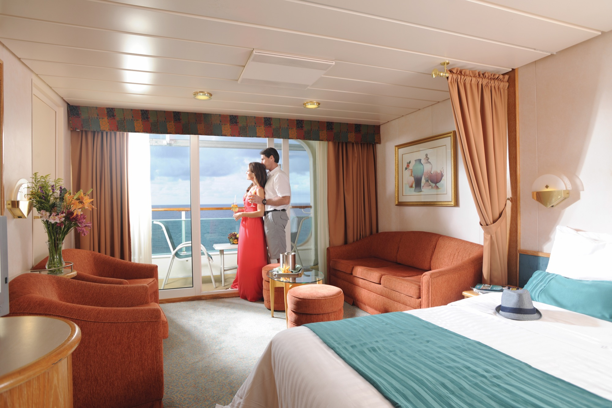 Royal Caribbean International Vision of the Seas accomm  Junior suite 2.jpg