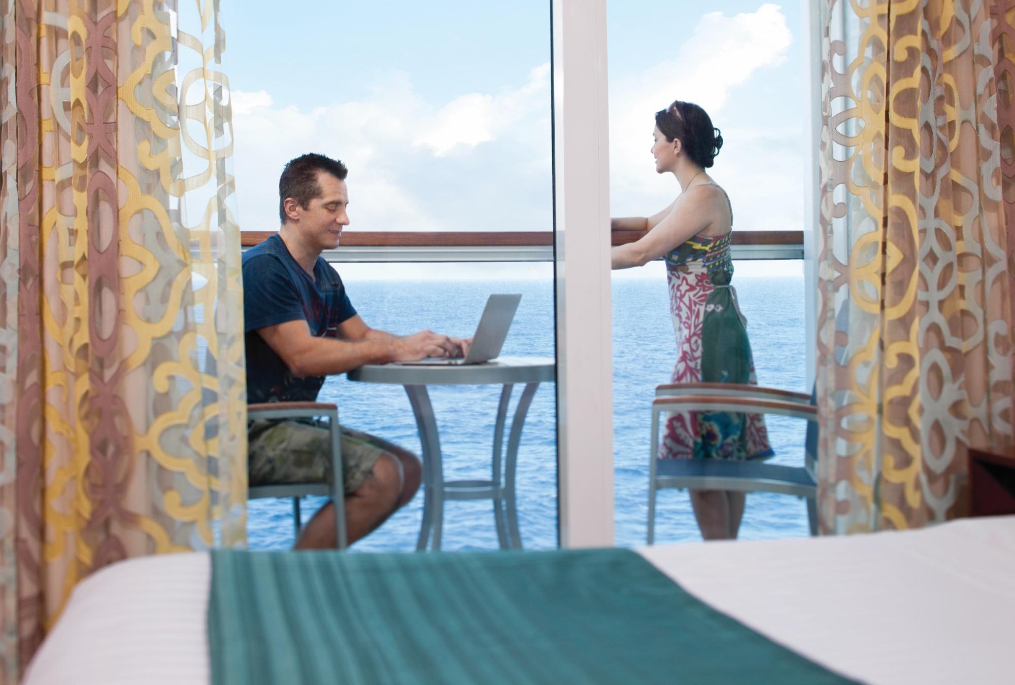 Royal Caribbean International Vision of the Seas accomm  balcony 4.jpg