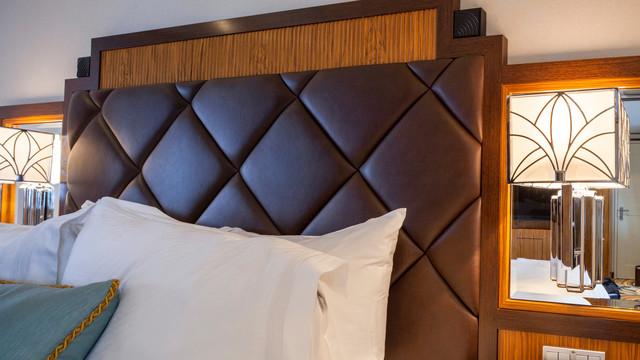 Disney Cruise Lines Disney Dream Accomm Concierge G07-DDDF-concierge-1bedroom-verandah-stateroom-catT-03.jpg