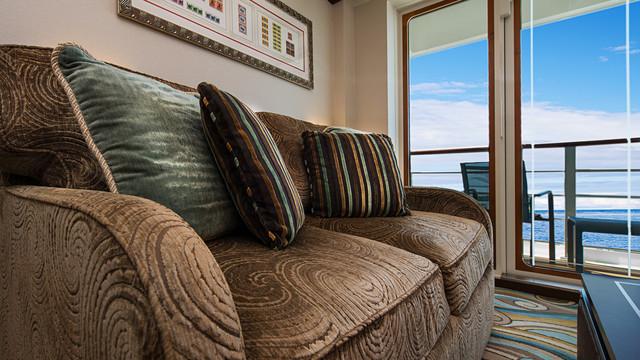 Disney Cruise Lines Disney Dream Accomm Concierge G01-DDDF-concierge-family-oceanview-verandah-stateroom-catV-13.jpg