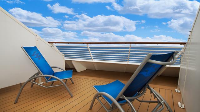 Disney Cruise Lines Disney Dream Accomm Verandah G03-DDDF-deluxe-oceanview-verandah-stateroom-cat5E-06.jpg