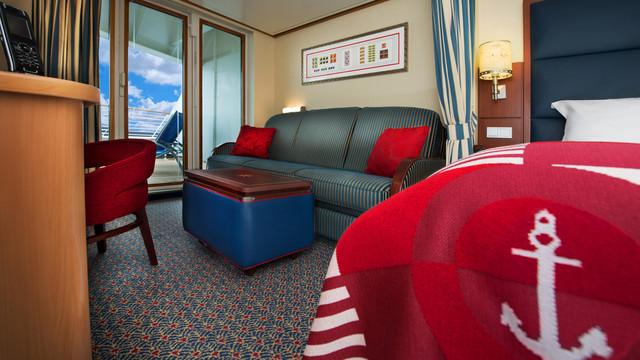 Disney Cruise Lines Disney Dream Accomm Verandah G02-DDDF-deluxe-oceanview-verandah-stateroom-cat5E-03.jpg