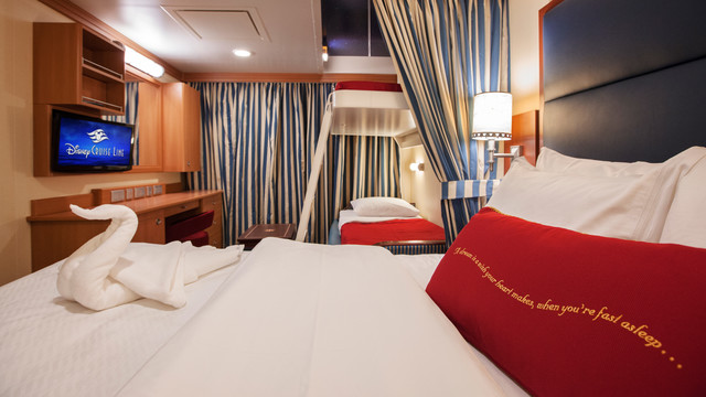 Disney Cruise Lines Disney Dream & Fantasy Ocean View Staterooms G08-DDDF-deluxe-oceanview-stateroom-cat9AB-07.jpg