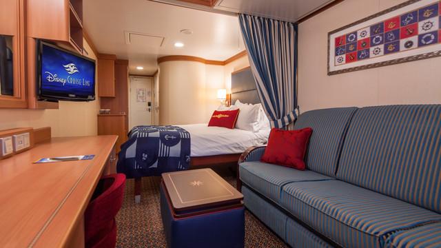 Disney Cruise Lines Disney Dream & Fantasy Ocean View Staterooms G09-DDDF-deluxe-family-oceanview-stateroom-cat8BCD-03.jpg