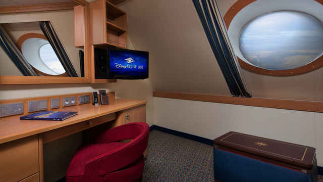 Disney Cruise Lines Disney Dream & Fantasy Ocean View Staterooms G05-DDDF-deluxe-oceanview-stateroom-cat9CSlanted9CD-03.jpg