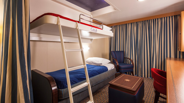 Disney Cruise Lines Disney Dream & Fantasy Ocean View Staterooms G04-DDDF-deluxe-family-oceanview-stateroom-cat8BCD-08.jpg