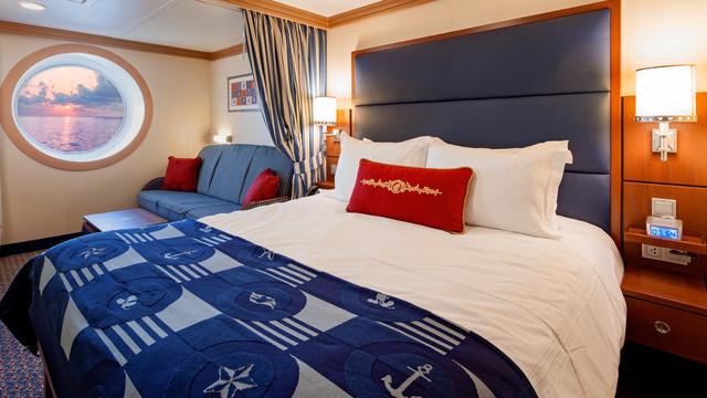 Disney Cruise Lines Disney Dream & Fantasy Ocean View Staterooms G01-DDDF-deluxe-oceanview-stateroom-cat9AB-06.jpg