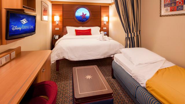 Disney Cruise Lines Disney Dream & Fantasy Accomm Interior G01-DDDF-standard-inside-stateroom-cat11ABC-05.jpg