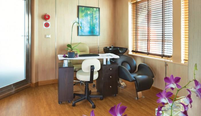 Silversea Cruises Silver Discoverer Interior Beauty Salon.jpg