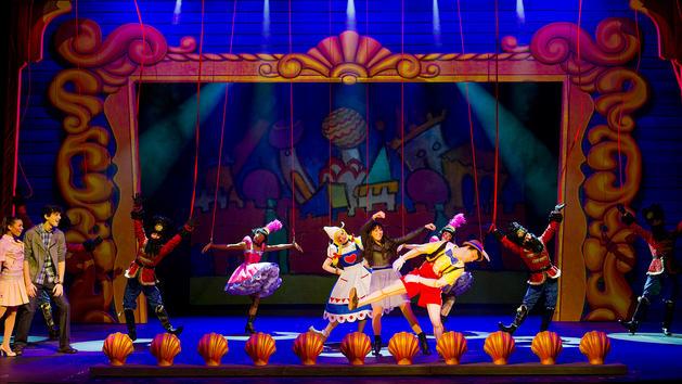 Disney Cruise Lines Disney Fantasy Entertainment wishes-show-00.jpg