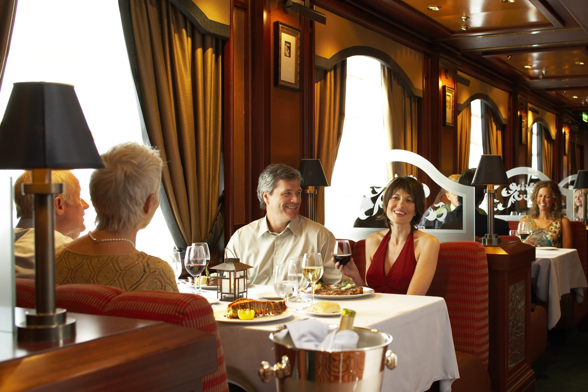 Princess Cruises Coral Class Interior crown grill 2.jpg