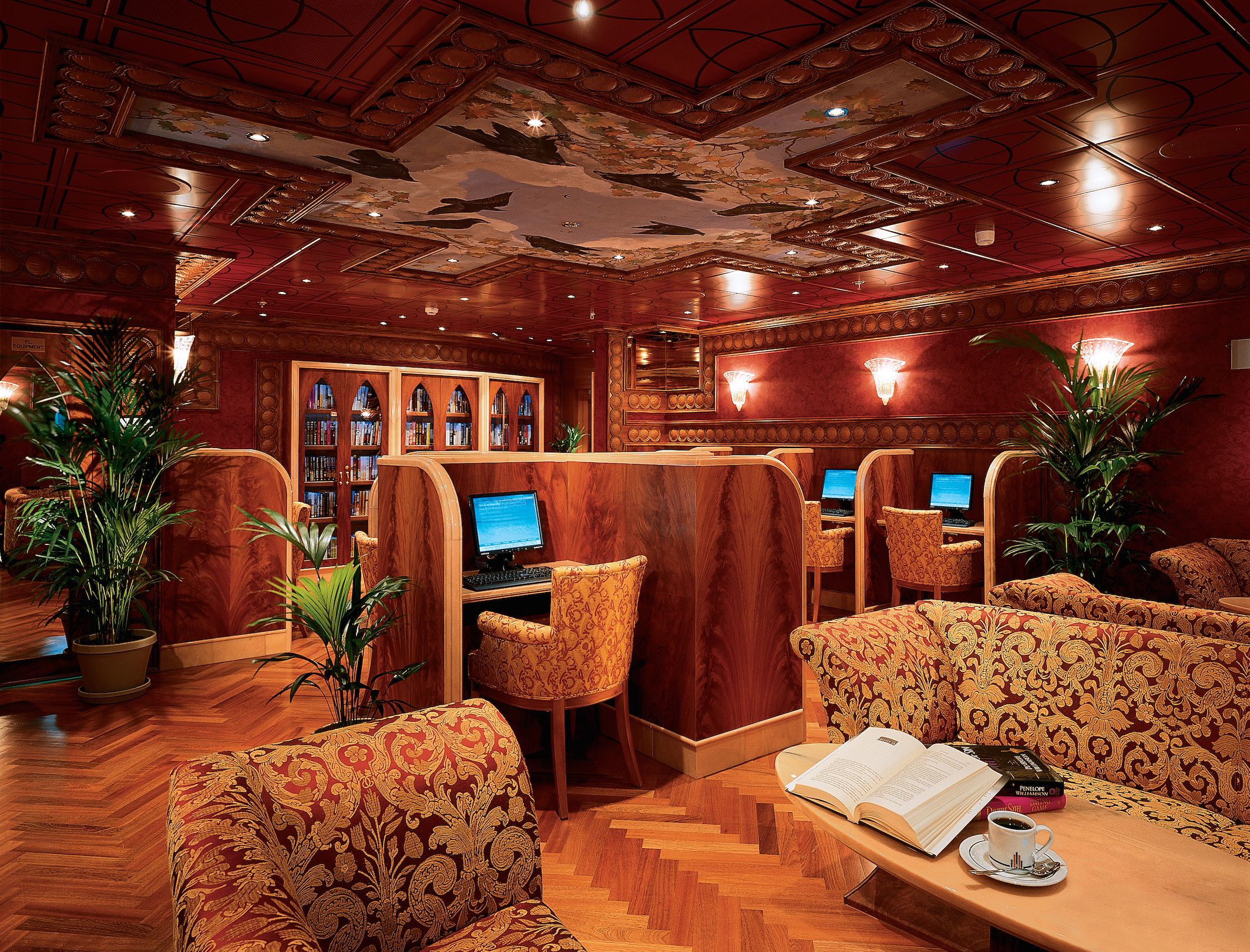 Carnival Miracle Internet Cafe 1.jpg