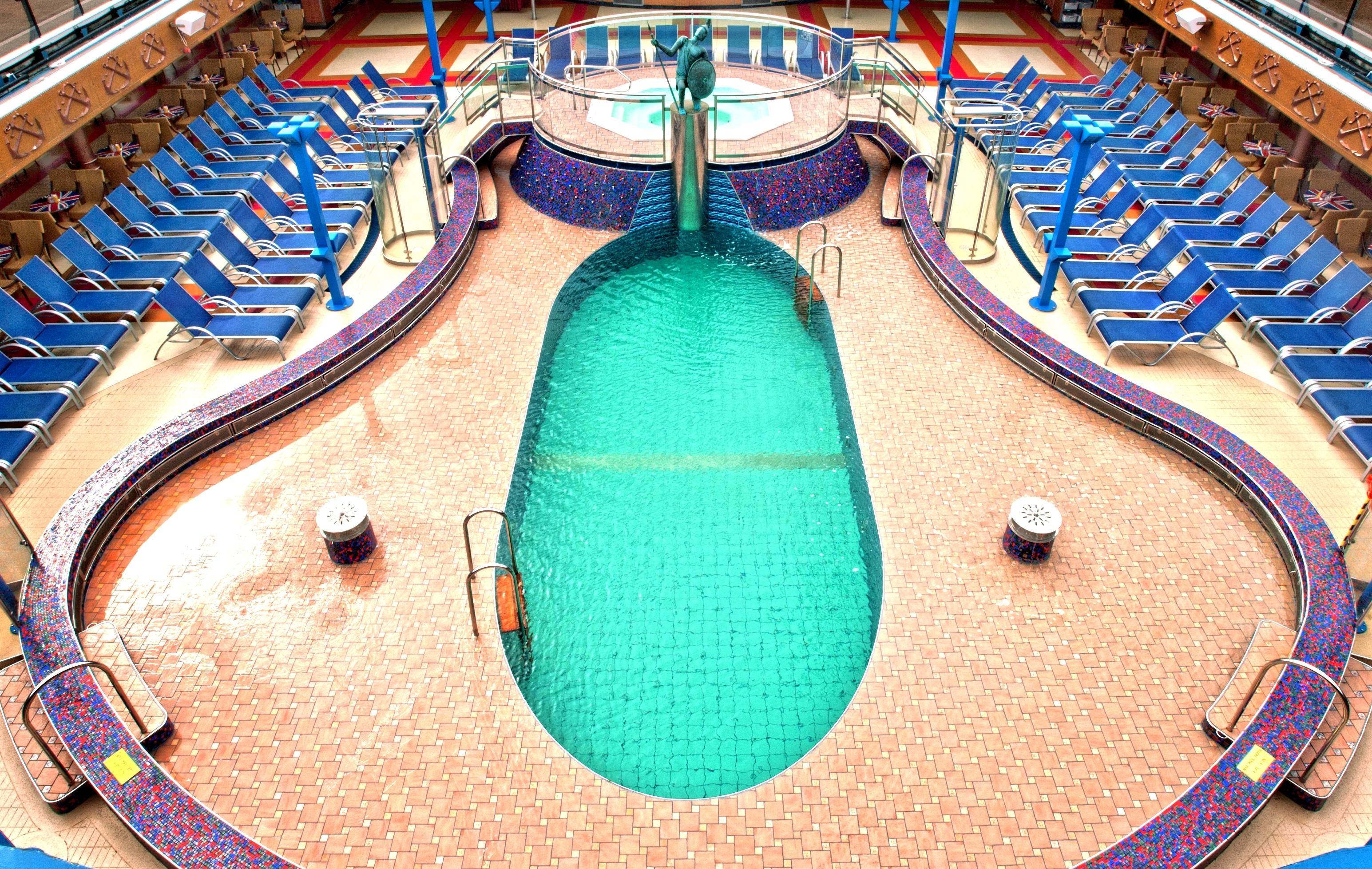Carnival Miracle Ulysses Pool 3.jpg