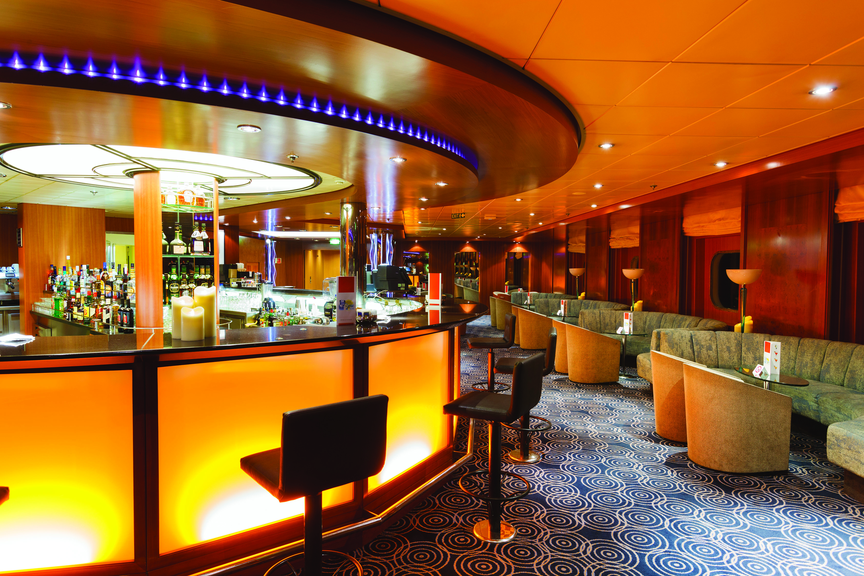 Costa Cruises Costa NeoRiviera Interior Saint Paul de Vence Lounge Bar.jpg