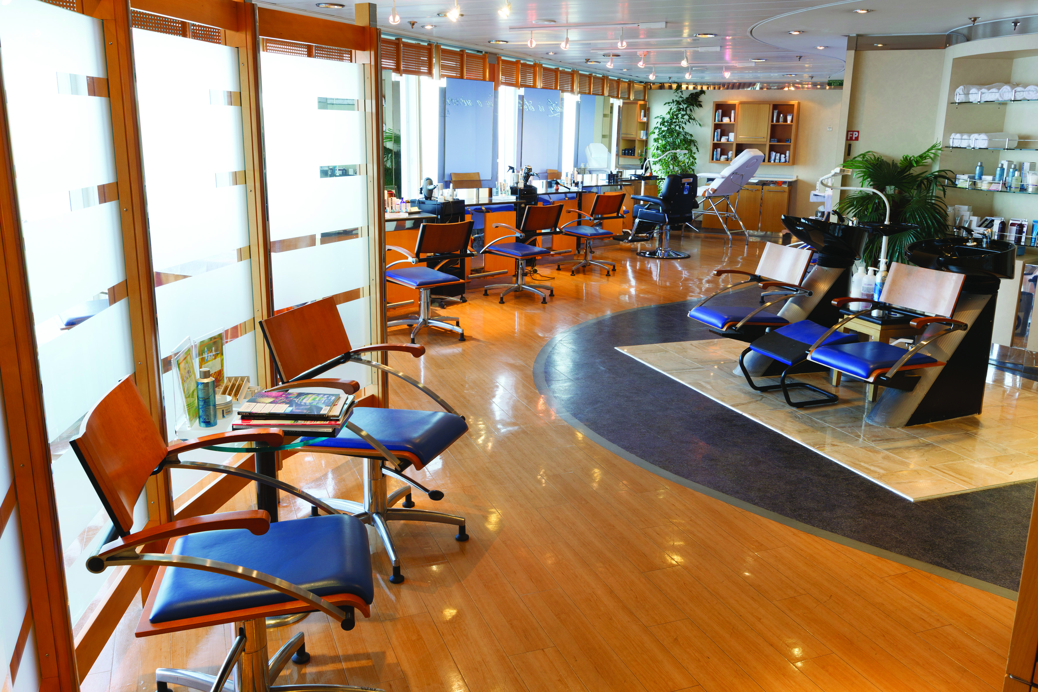 Costa Cruises Costa NeoRiviera Interior Framura Beauty Salon.jpg