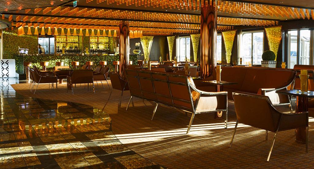 Costa Cruises Costa Diadema Interior Bar Bollicine.jpg
