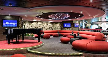 MSC Cruises Fantasia Class Splendida MSC_SPLENDIDA_THE_AFT_LOUNGE.jpg