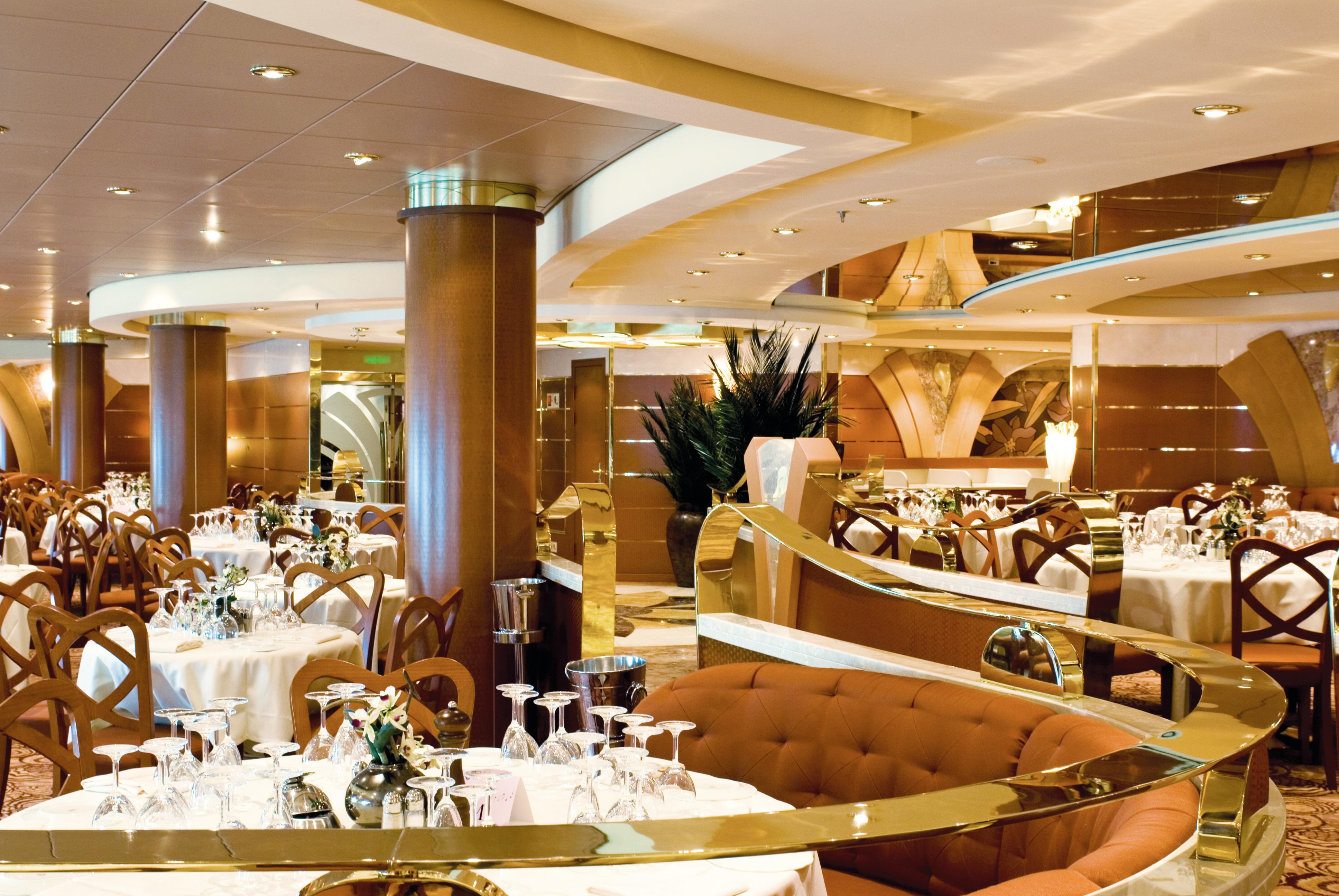 MSC Musica Class main restaurant 3.jpg