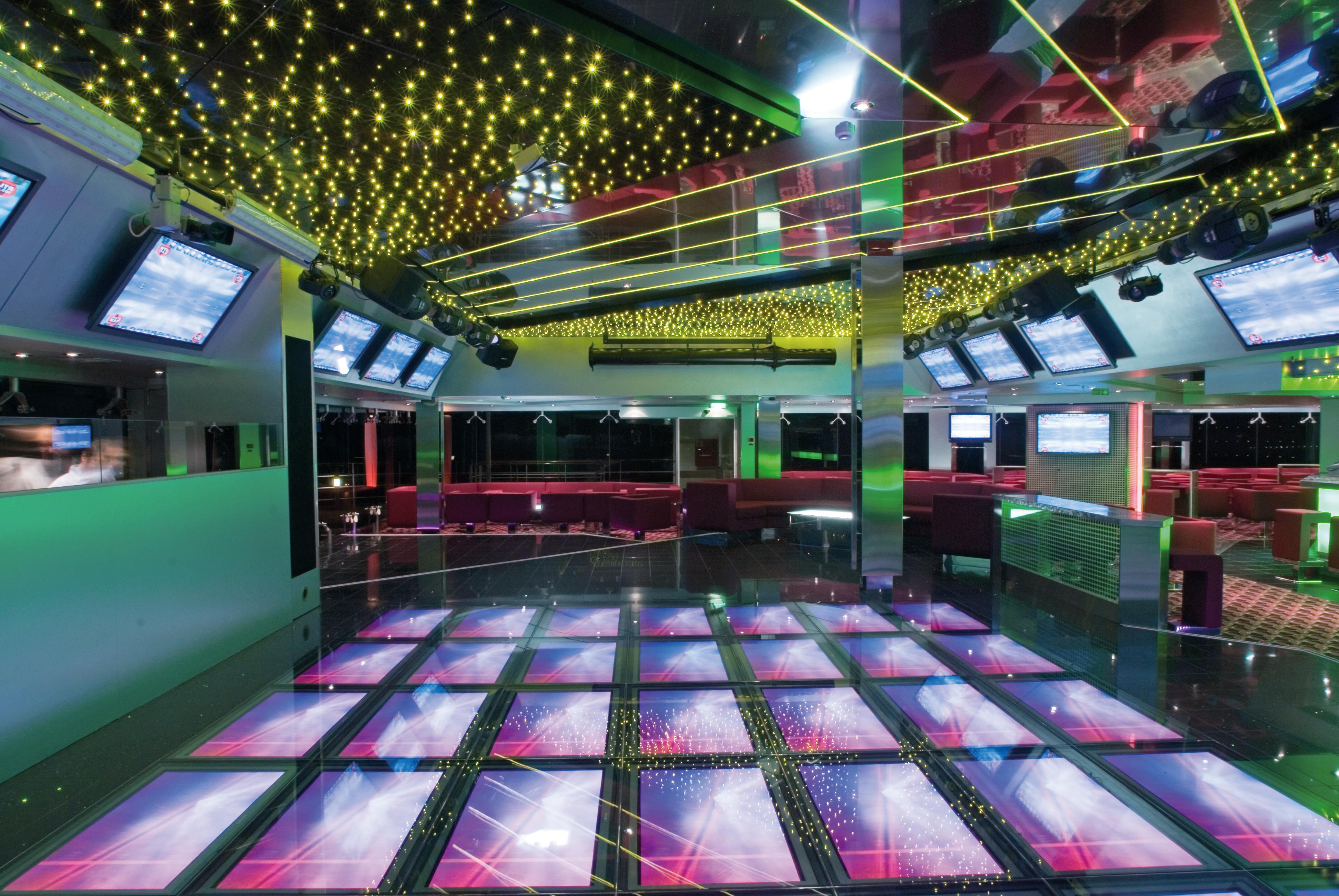 MSC Musica Class Nightclub 3.jpg