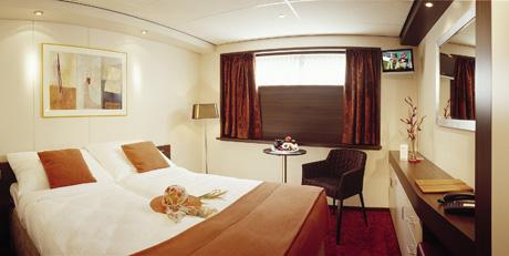 Amadeus - Royal - Accommodation - C4 Stateroom - Photo 1.jpg