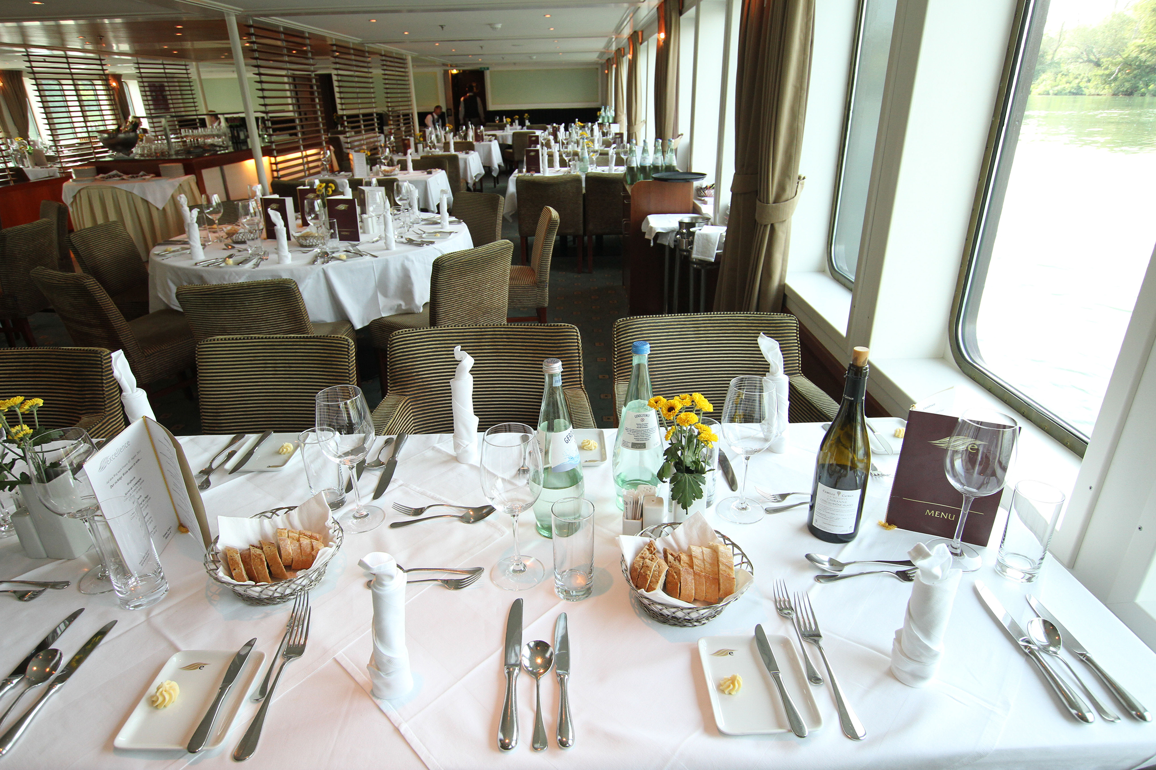 MS_Excellence_Bellinis Restaurant.jpg