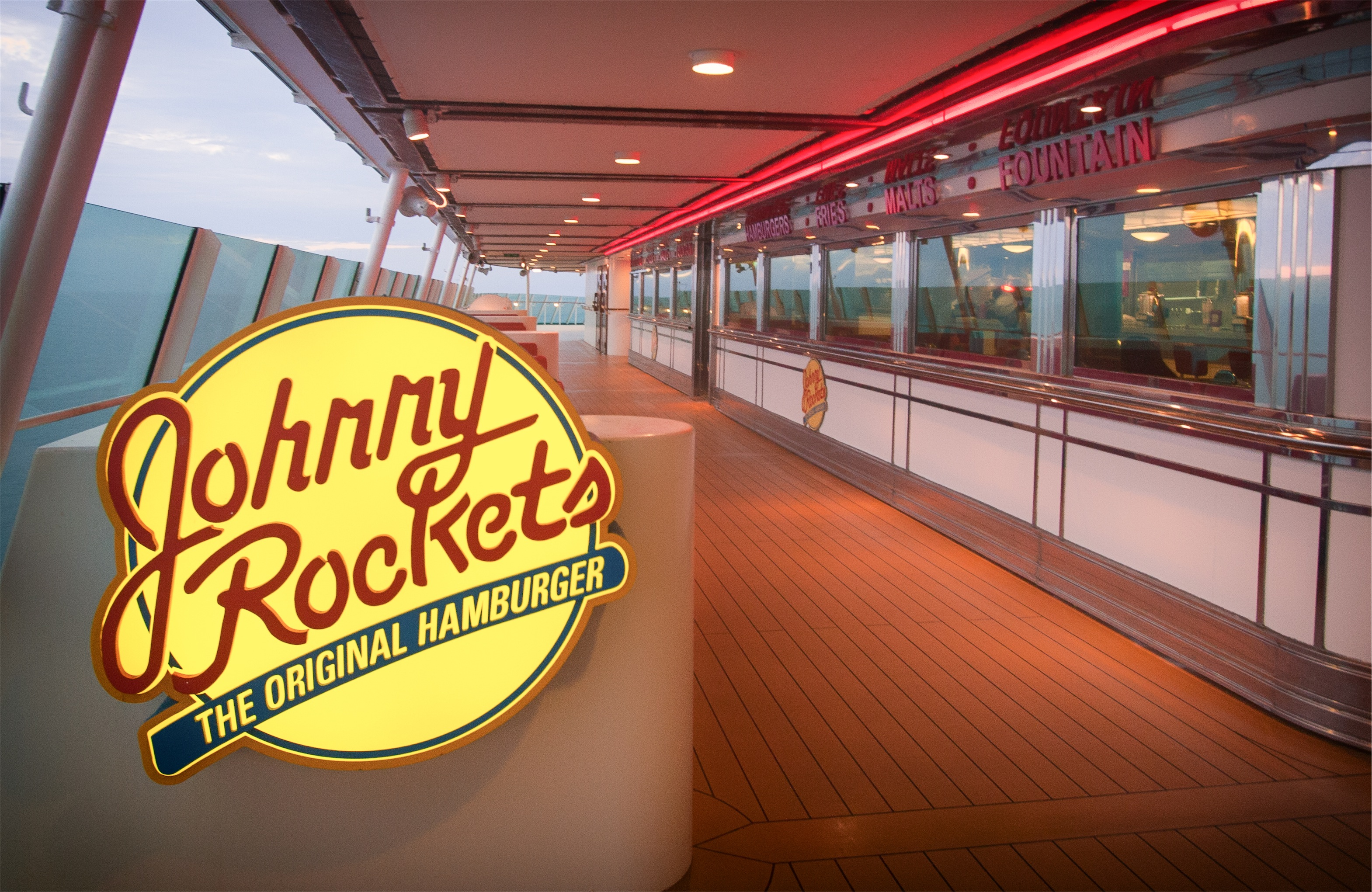 Royal Caribbean International Navigator of the Seas Interior Johnny Rockets 012.jpg