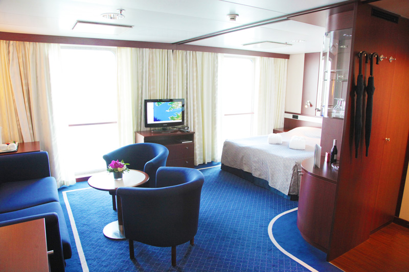 Cruise & Maritime Voyages Astor Accommodation Premium Suite Ocean View.jpg