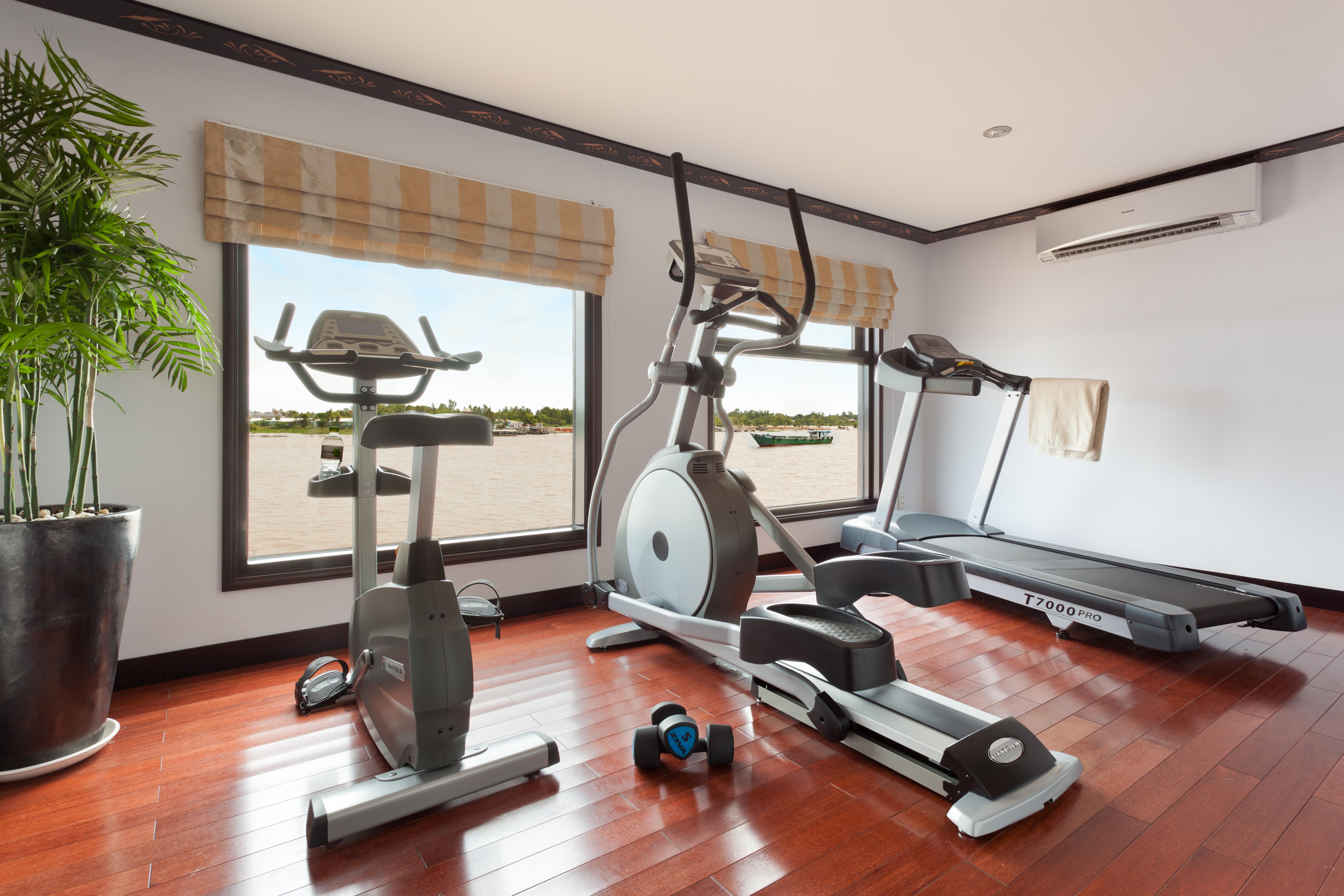 AmaWaterways AmaLotus Interior Fitness Center.jpg
