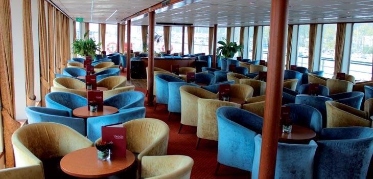 Saga River Cruises Regina Rheni II Interior Bar Lounge 3.jpg
