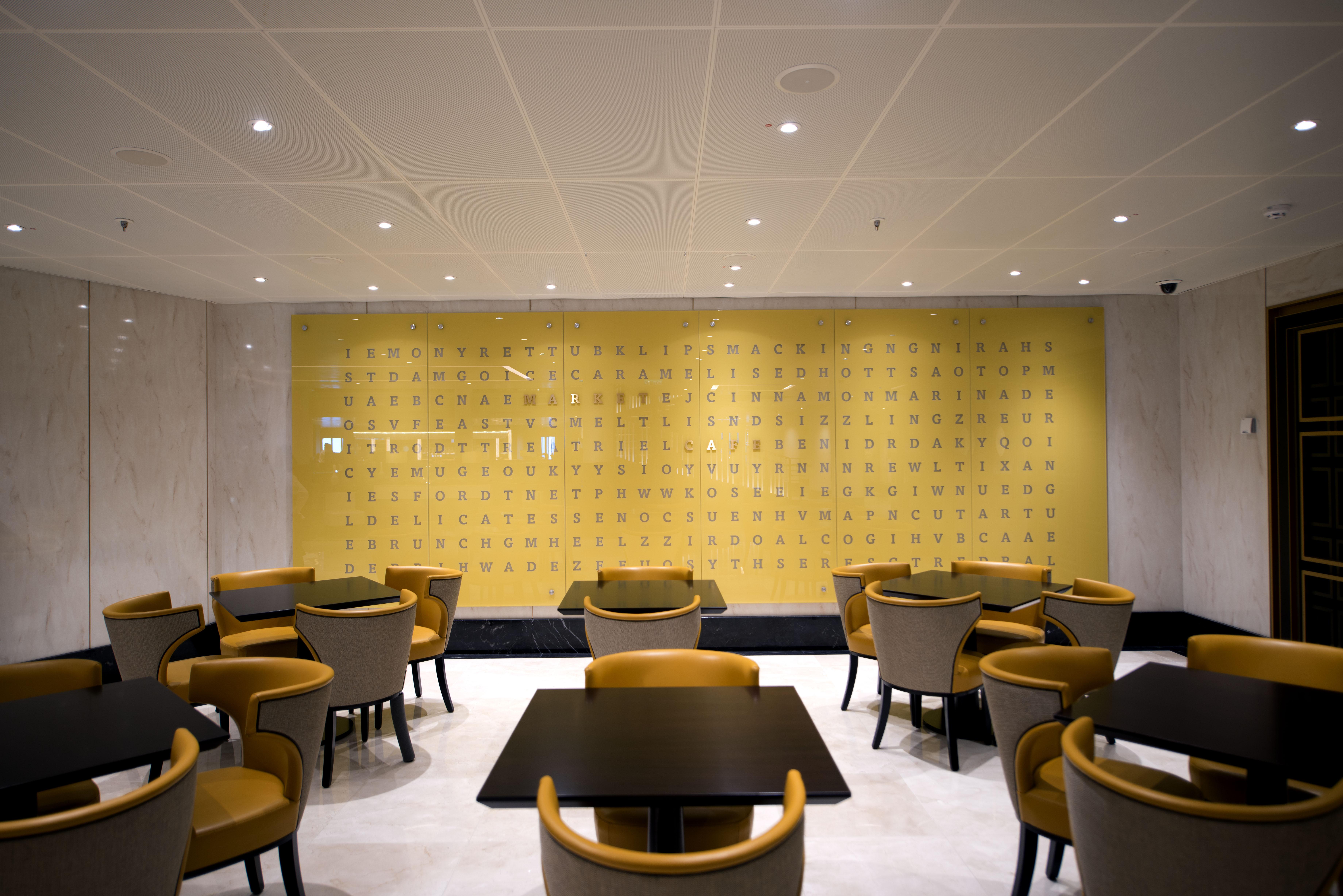 P&O Cruises Britannia Interior Market Cafe Mod D806444 [Tif 14714739402].jpg