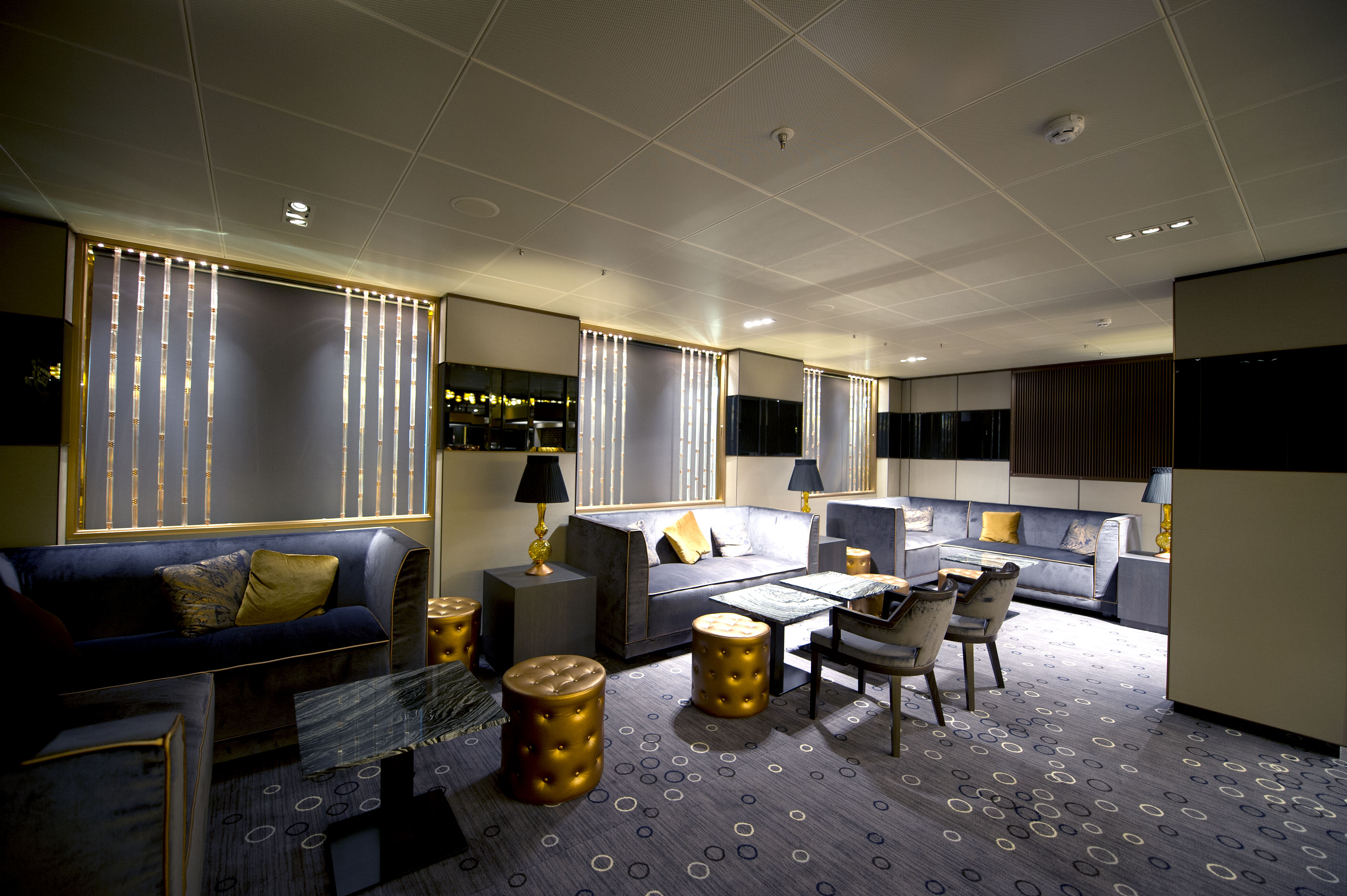 P&O Cruises Britannia Interior Limelight Ds37878 [Tif 14714733402].jpg