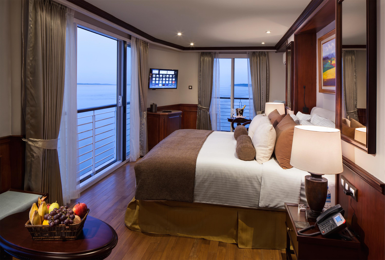 Twin Balcony Suite SB