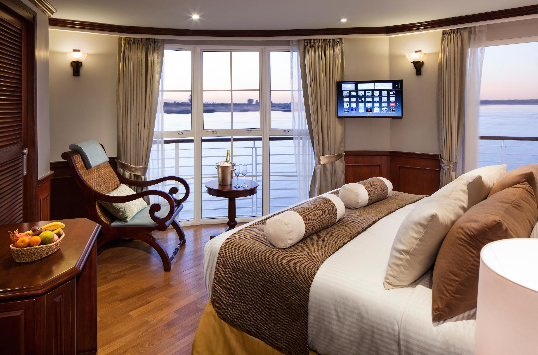Full Balcony Suite SA