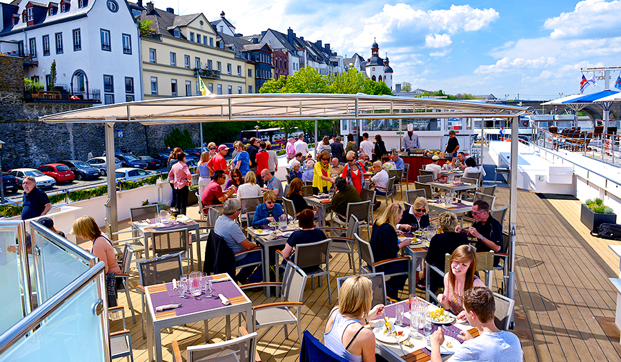 Avalon Waterways Avalon Vista Exterior Sky Bistro.jpg