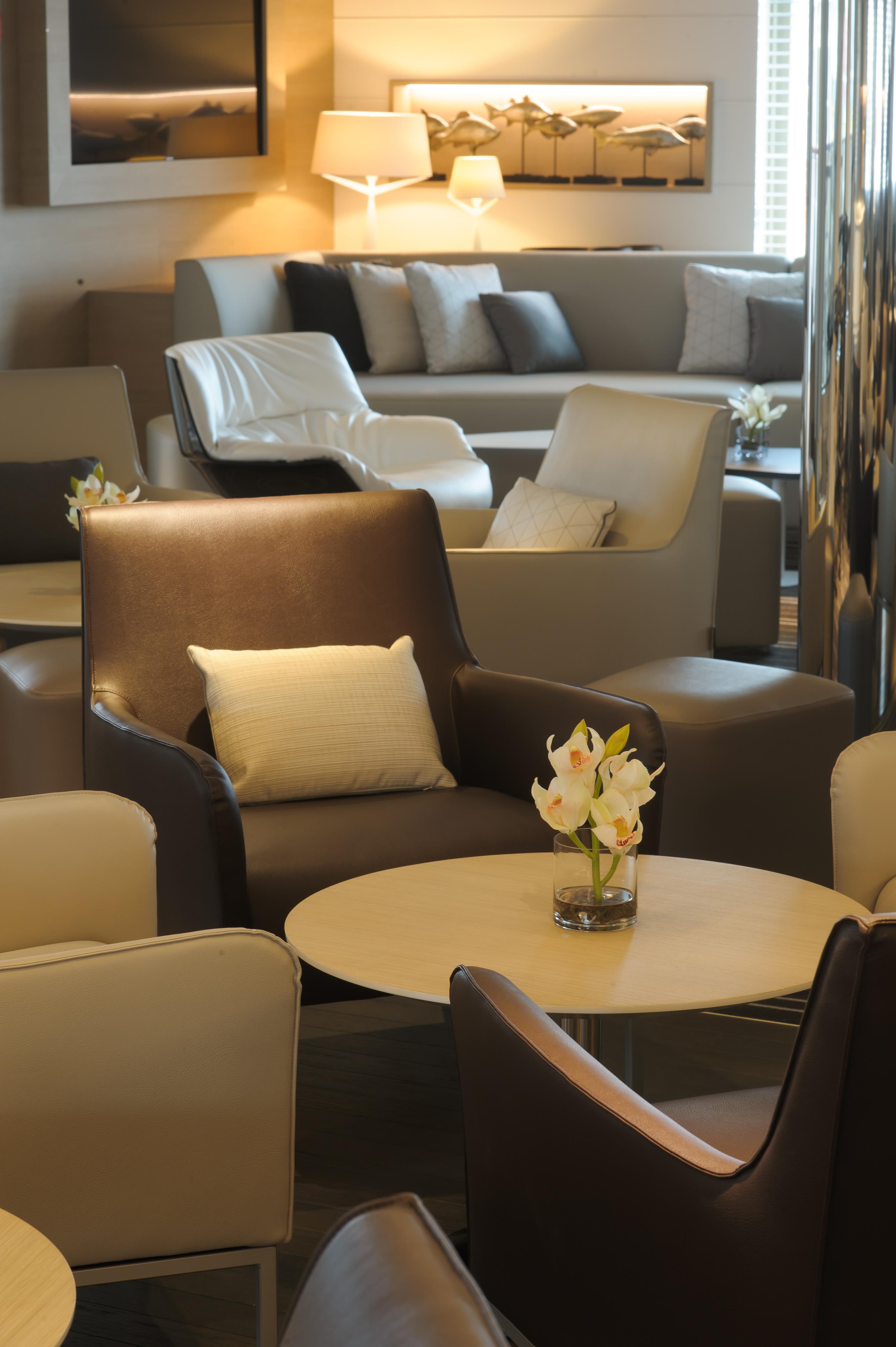 Ponant Le Soleal Interior Main Lounge 1.JPEG