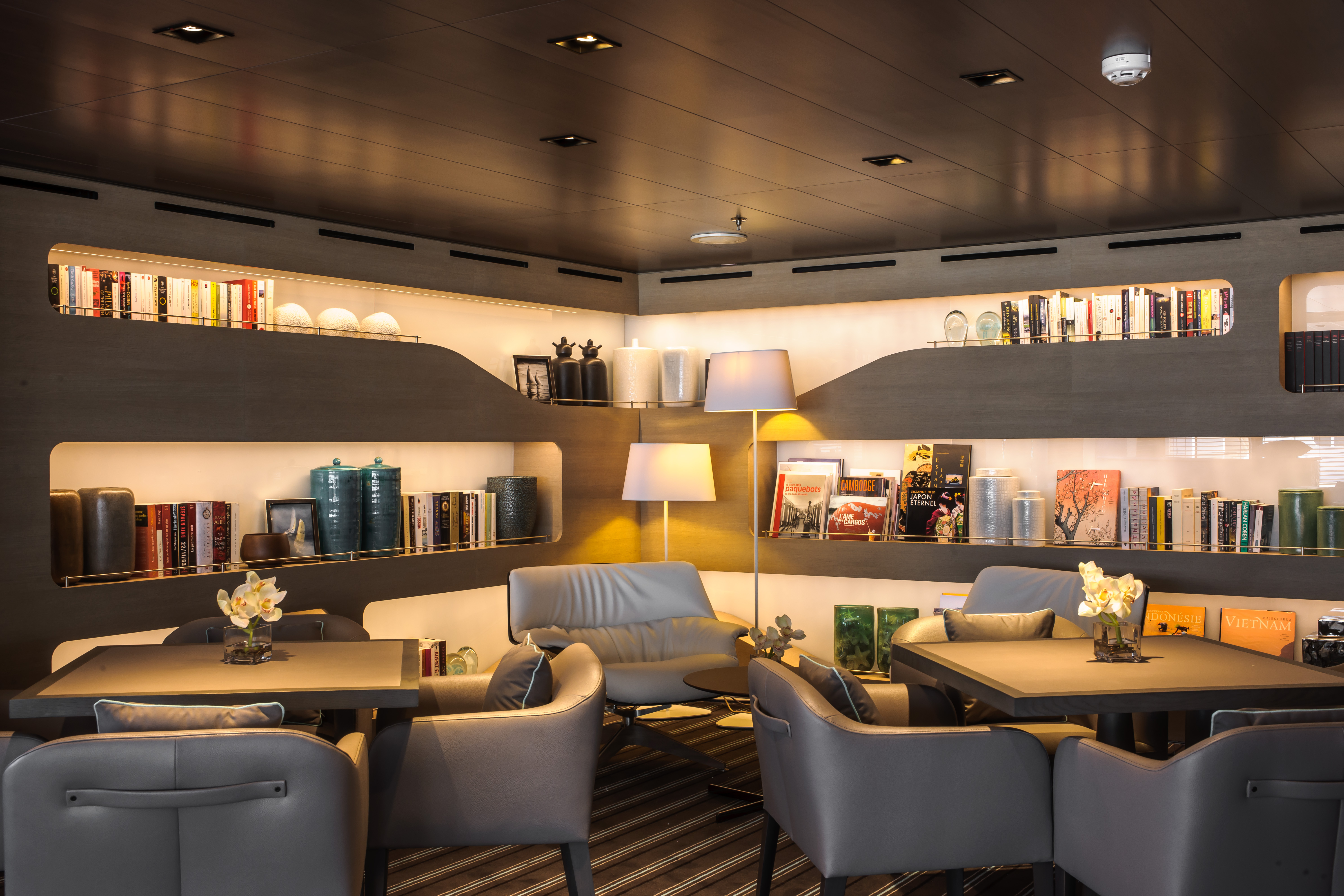 Ponant Le Soleal Interior Panoramic Lounge Library.JPEG