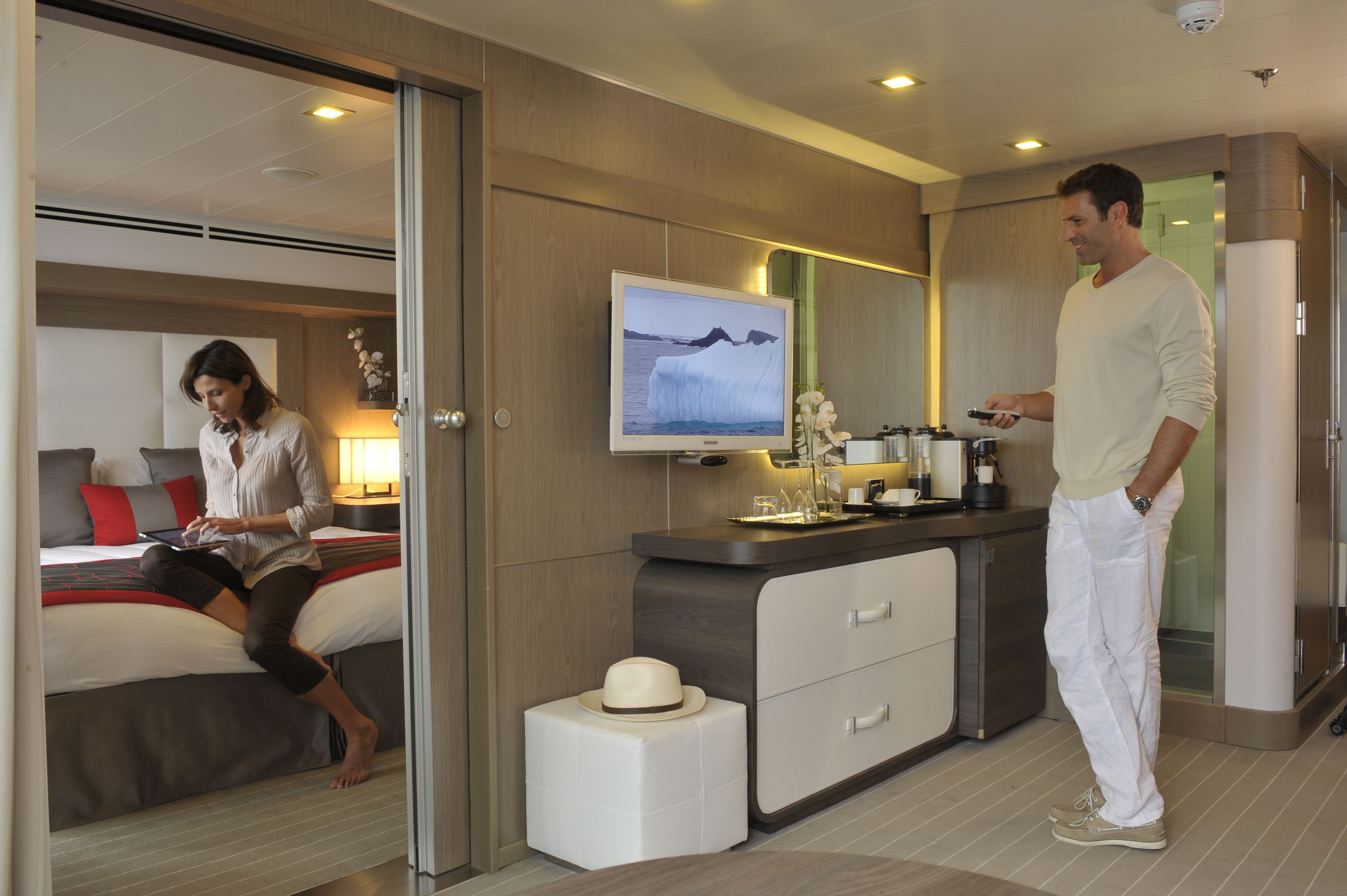 Ponant Le Boreal Accommodation Deluxe Suite 1.JPEG