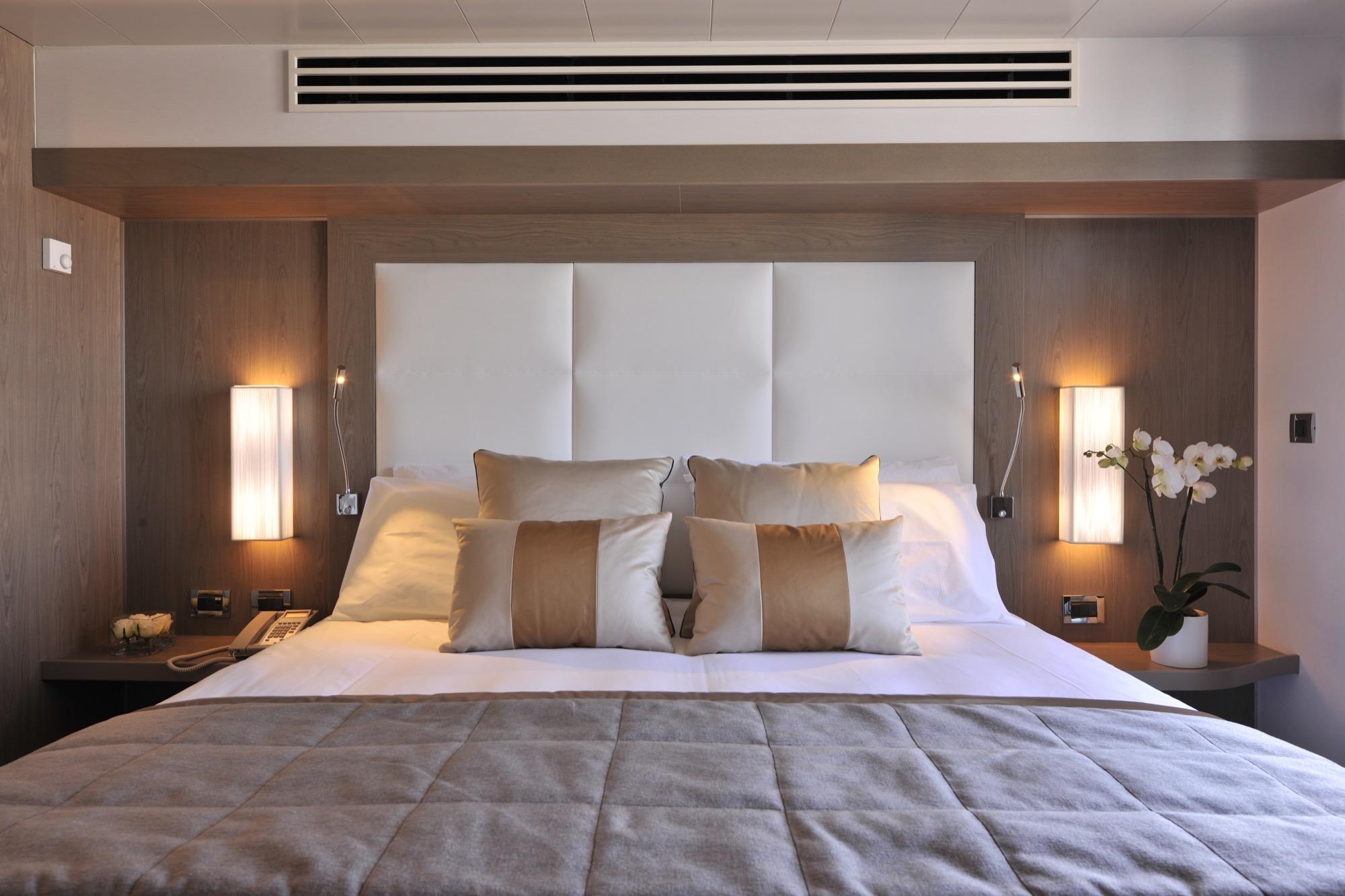 Ponant Le Boreal Accommodation Prestige Stateroom 2.JPEG