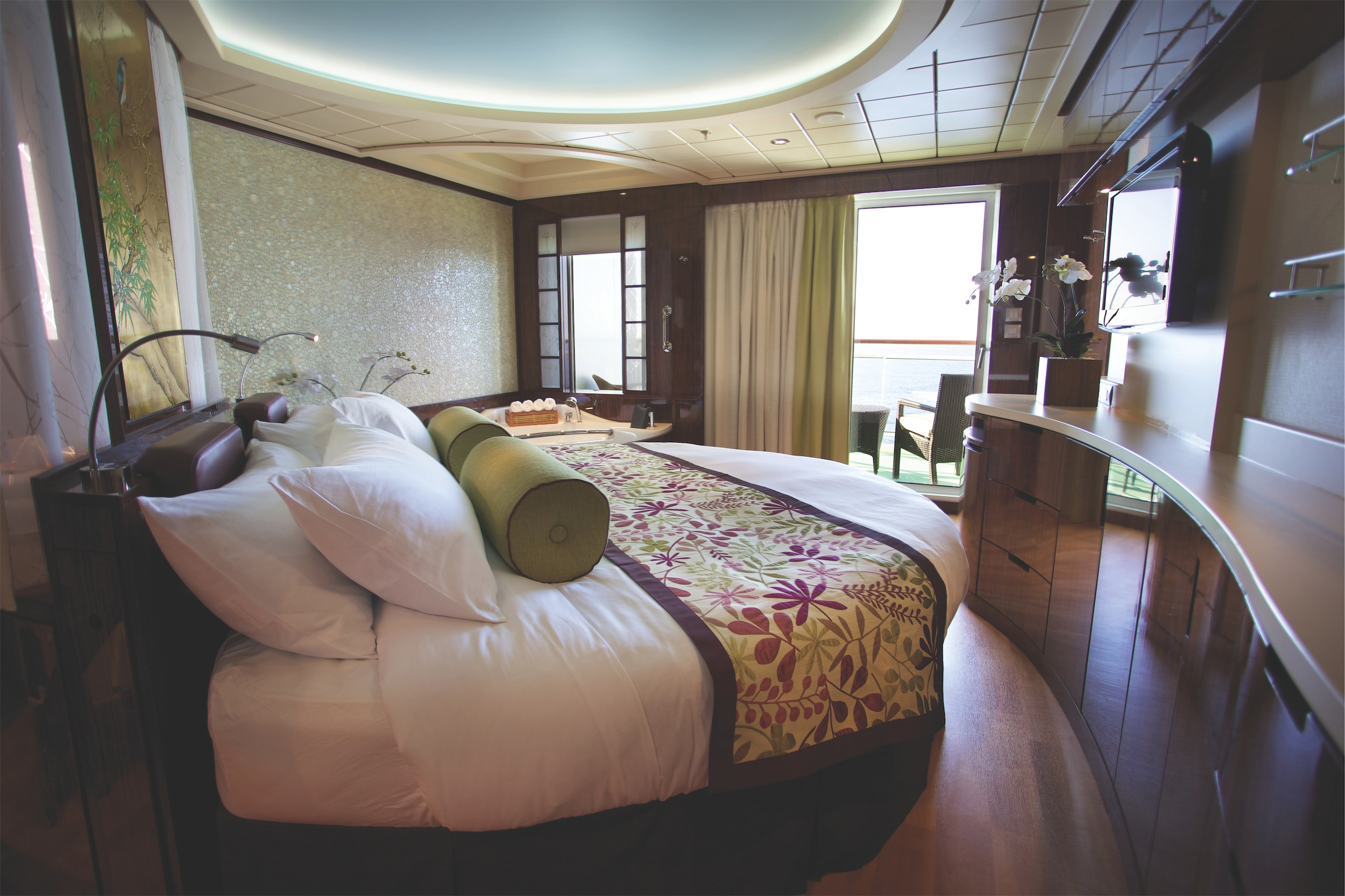 Norwegian Cruise Line Norwegian Epic Accommodation Spa Suite Stateroom.jpg