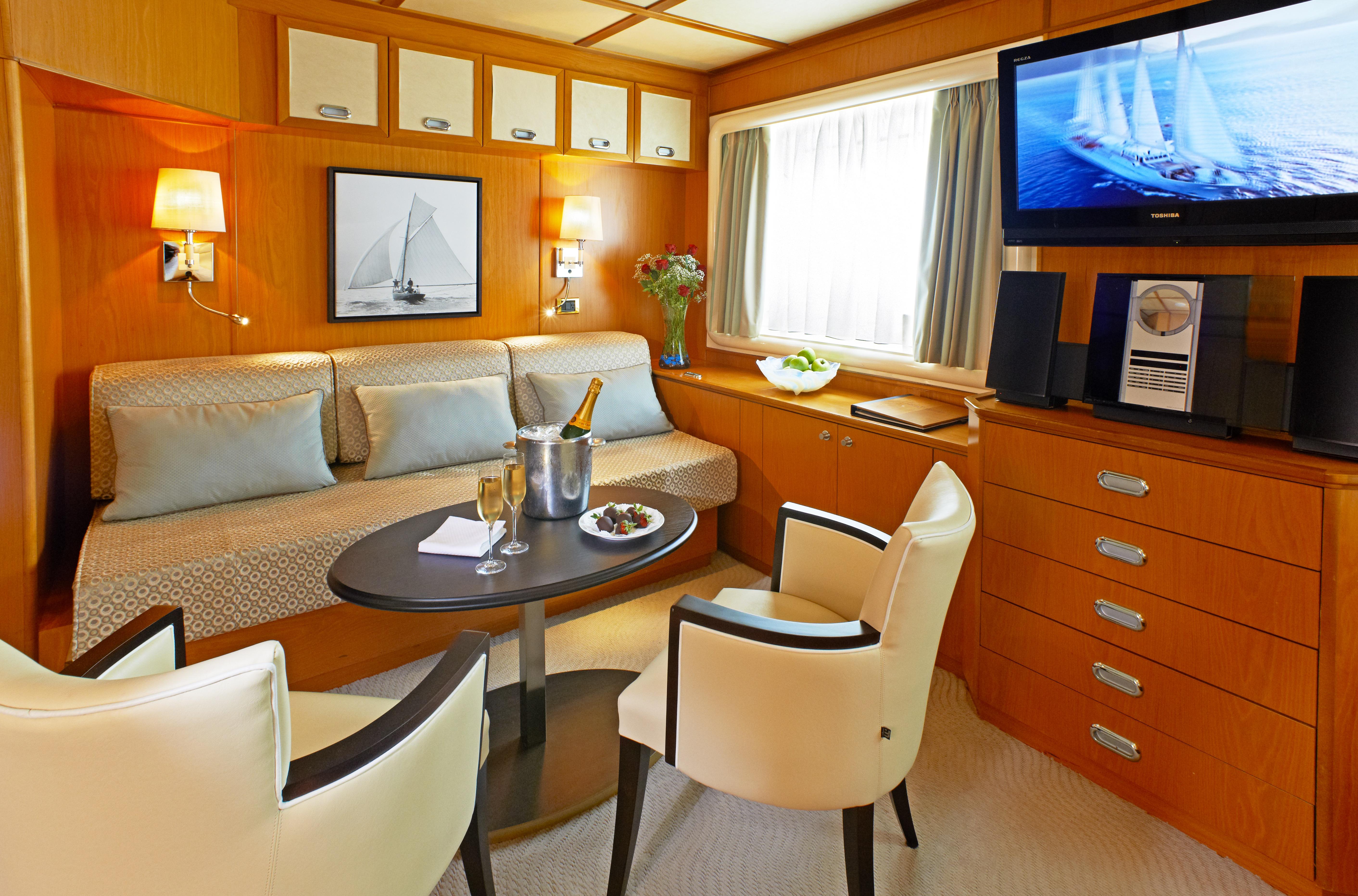 Windstar Wind Star & Wind Spirit Accommodation Suite 2.jpg