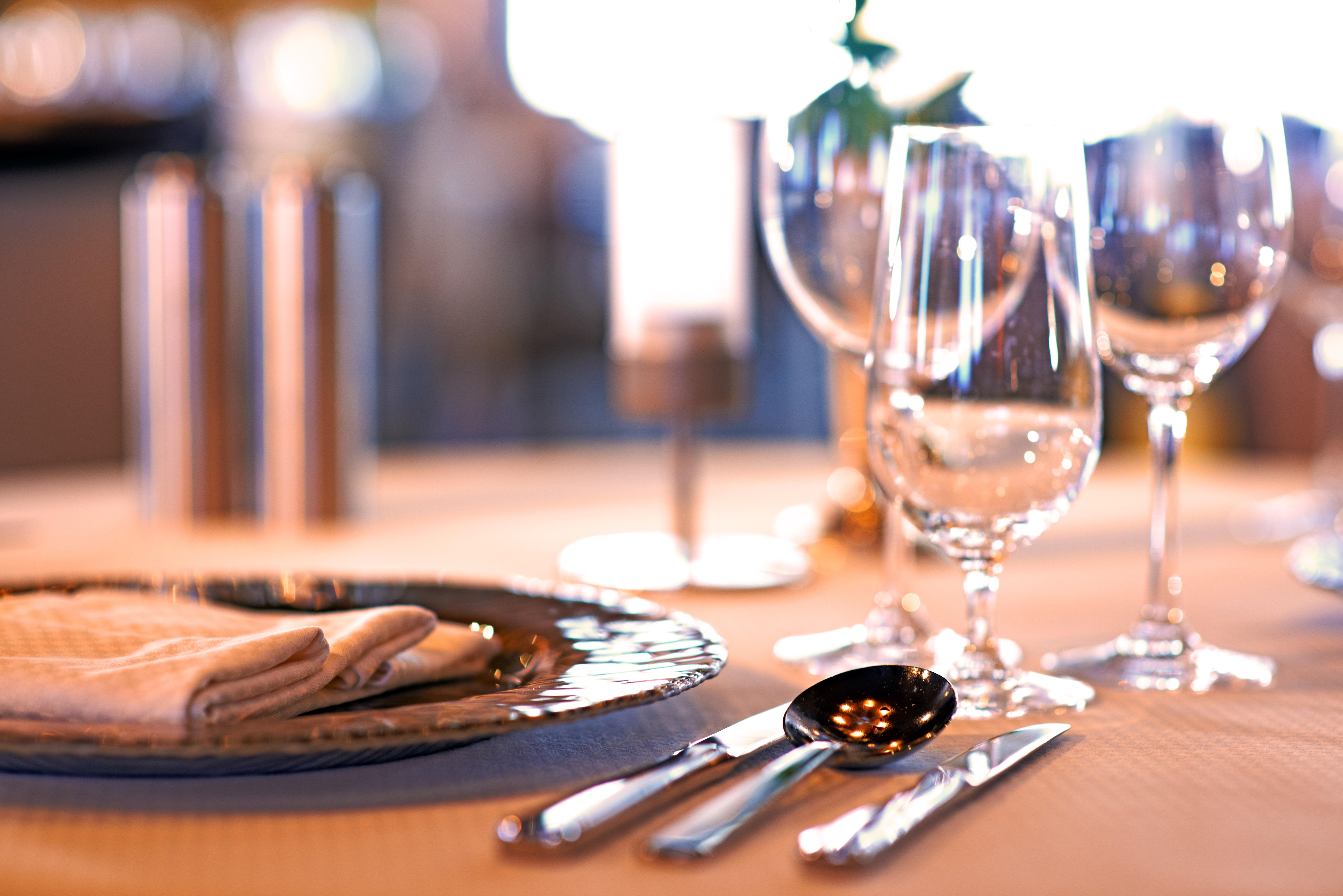 Windstar Wind Star & Wind Spirit Interior AmphorA Restaurant 3.jpg