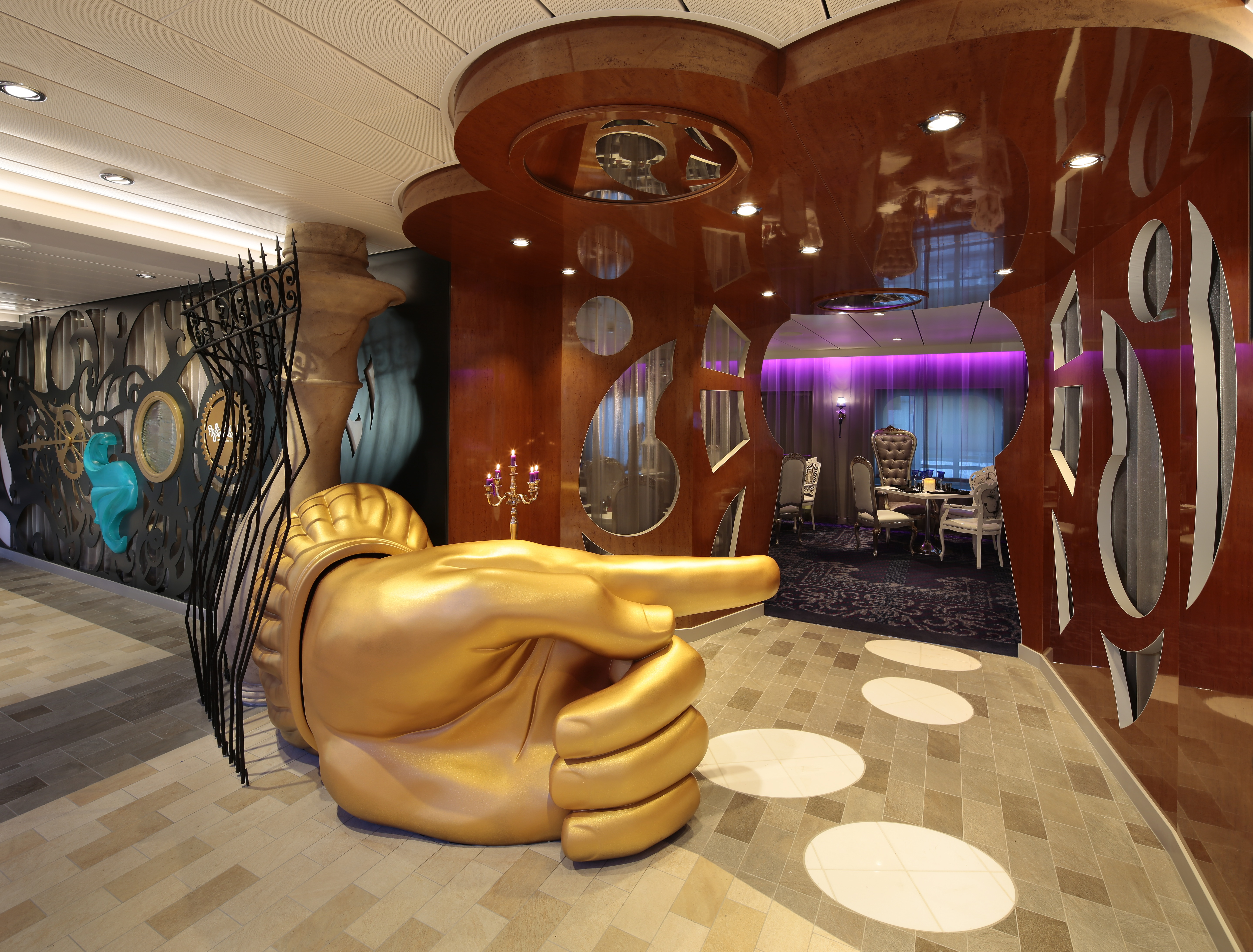 Royal Caribbean International Quantum of the Seas Interior Wonderland 3F.jpg