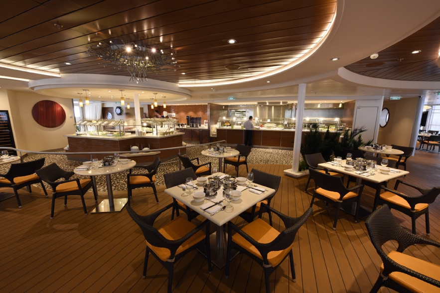 Royal Caribbean International Quantum of the Seas Interior Solarium Bistro 3.jpg