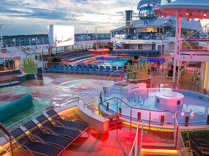 anthem of the seas pool 2.jpg